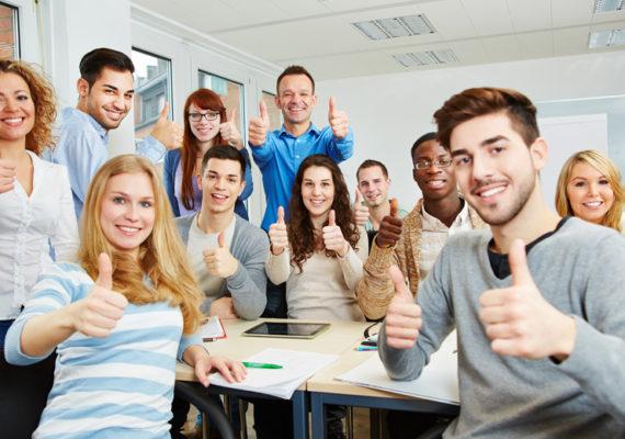 Haagse directeuren geven sollicitatietraining aan VMBO-leerlingen